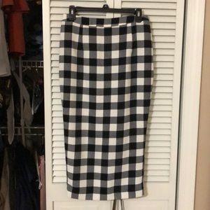 Checked pattern black and white midi skirt
